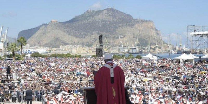 Papa In Visita A Palermo
